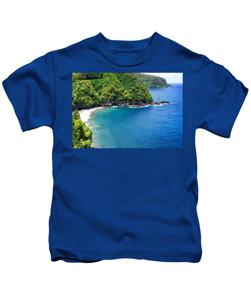 Ocean Kids T-Shirt featuring the photograph Hana Coastline In Maui Hawaii by Amy McDaniel