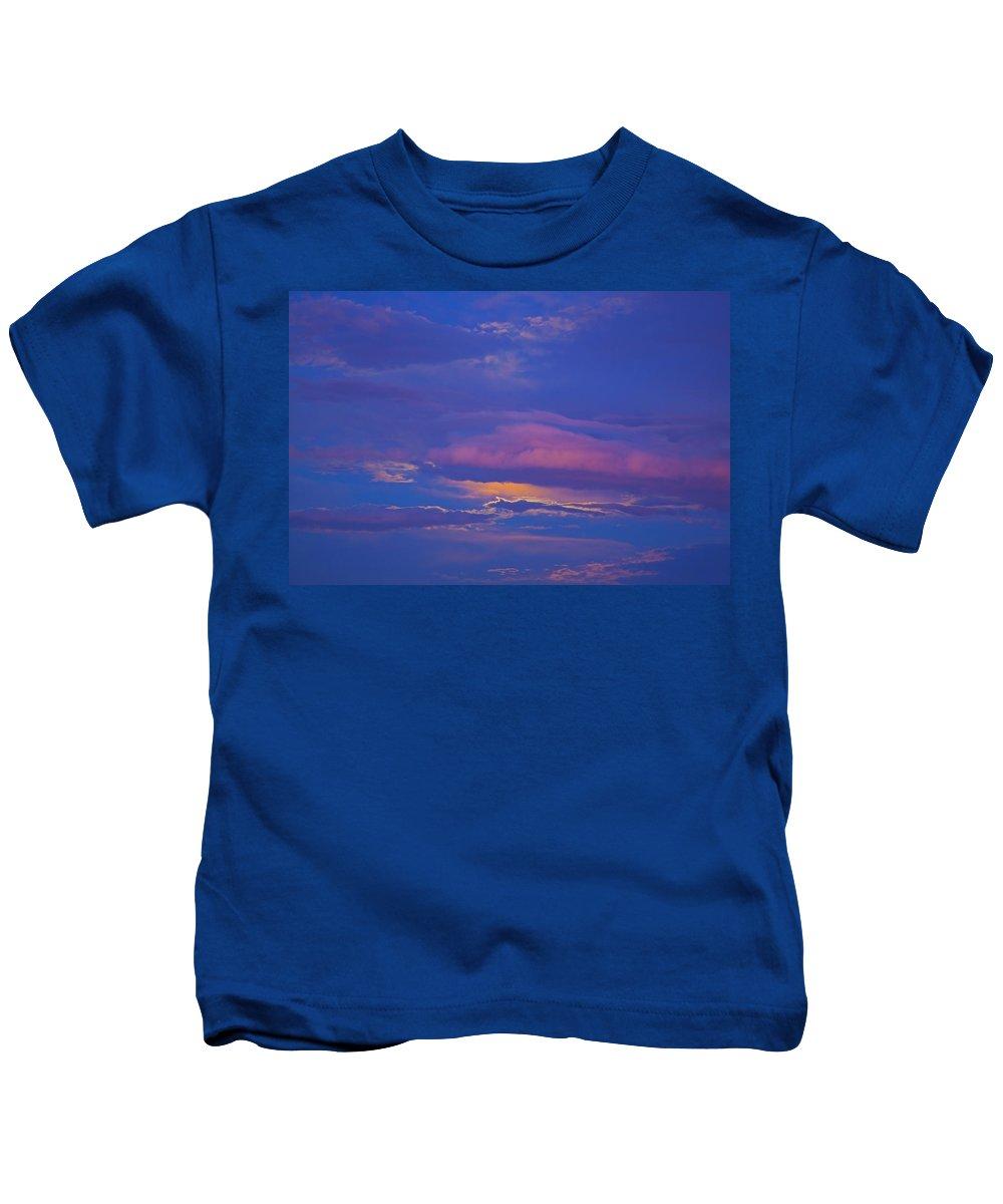 Cloud Kids T-Shirt featuring the photograph Kiss The Sky by Greg Wells