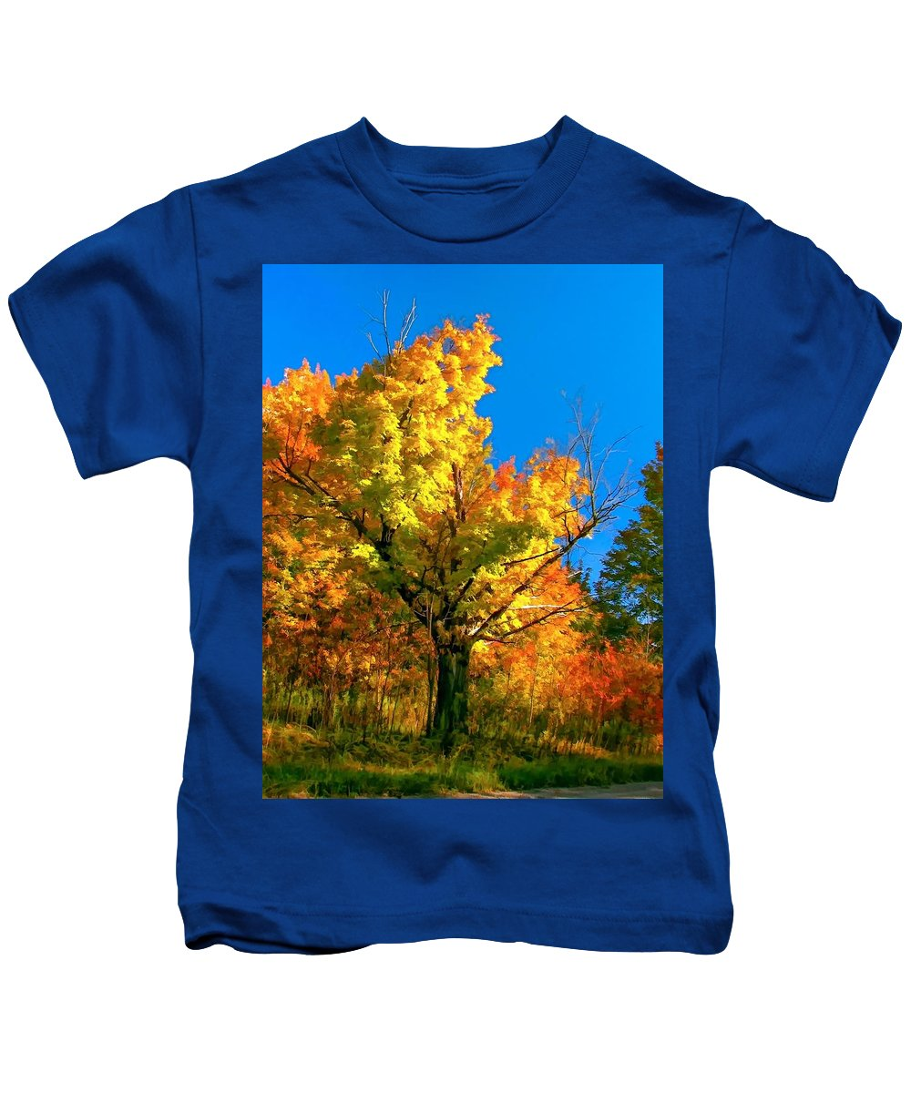 Maple Kids T-Shirt featuring the photograph Show Off by Steve Harrington