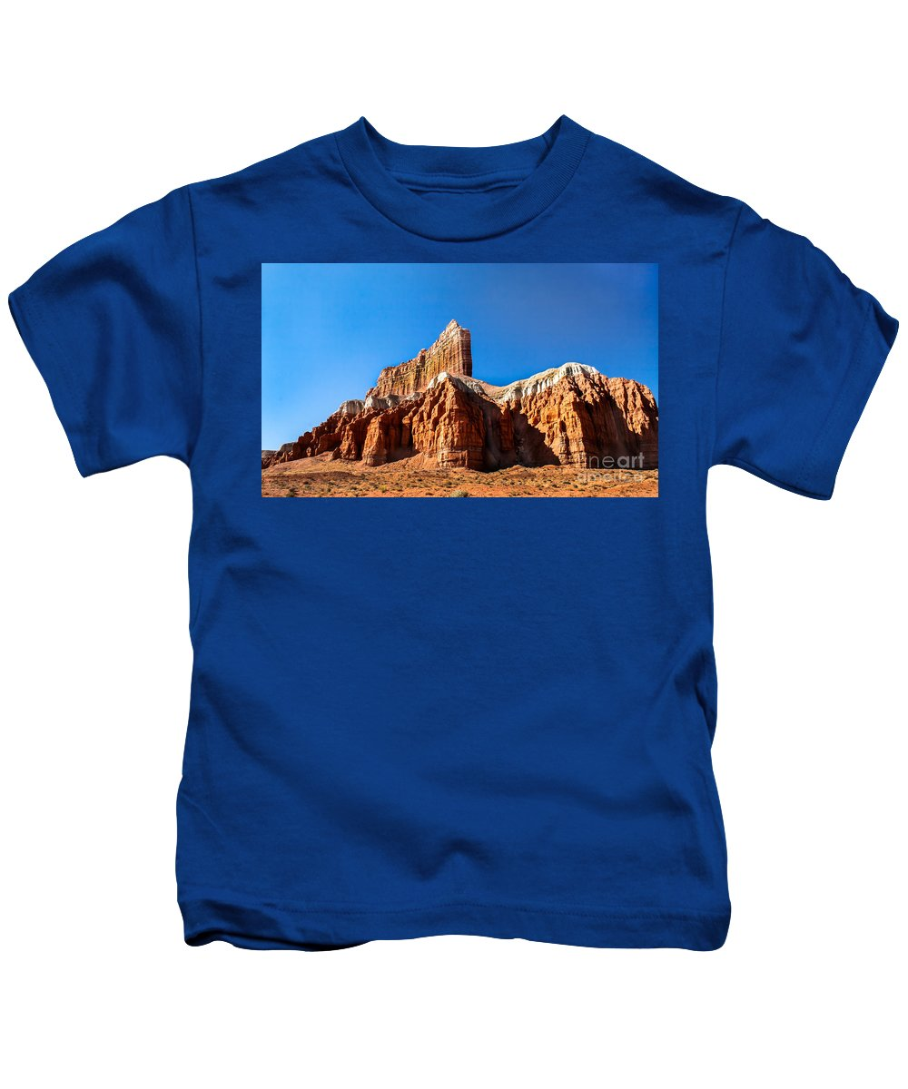 Goblin Valley Kids T-Shirt featuring the photograph The Outpost Rock by Robert Bales