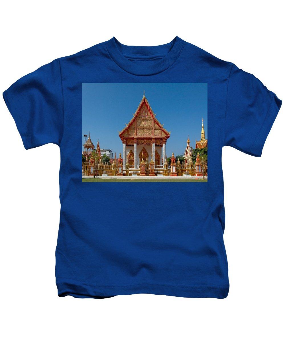 Thailand Kids T-Shirt featuring the photograph Wat Liab Ubosot Dthu035 by Gerry Gantt