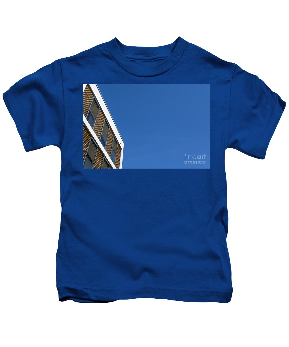 Building Kids T-Shirt featuring the photograph White Building by Mats Silvan