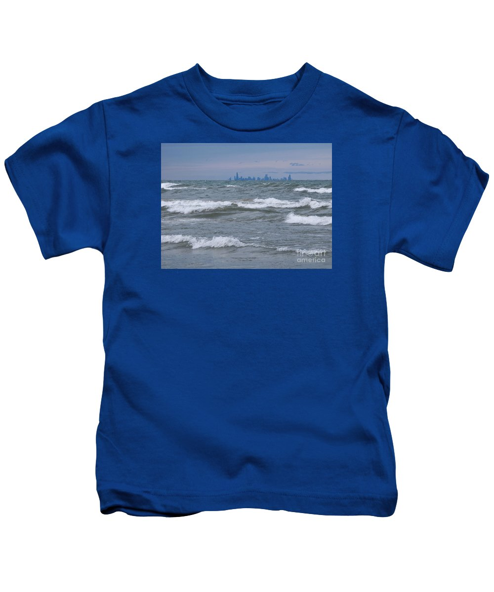 Chicagoland Kids T-Shirt featuring the photograph Windy City Skyline by Ann Horn