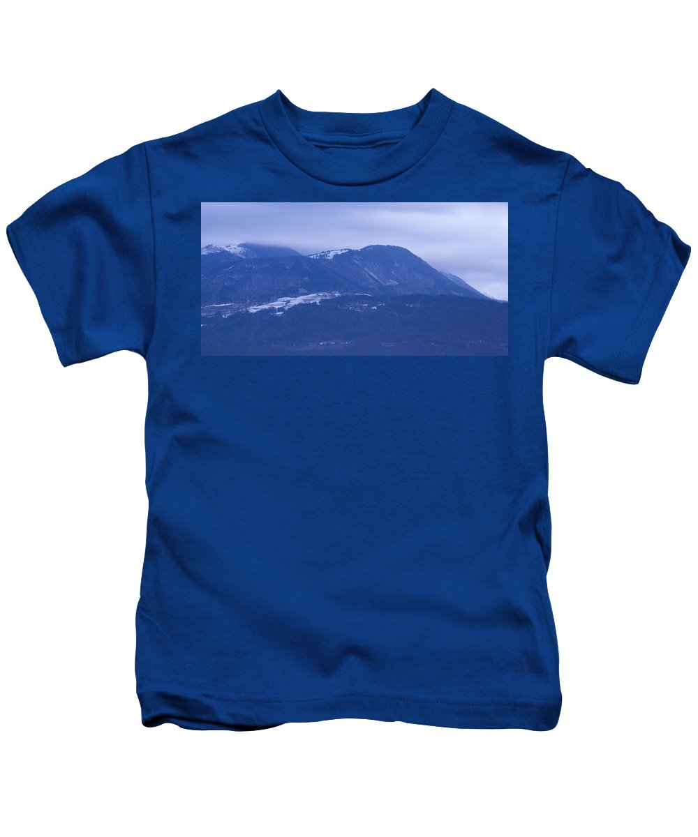 Krvavec Kids T-Shirt featuring the photograph Krvavec And The Kamnik Alps At Dawn by Ian Middleton