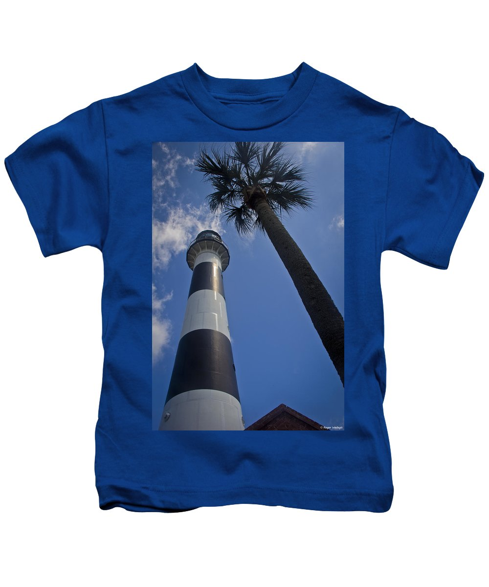 Lighthouse Kids T-Shirt featuring the photograph Cape Canaveral Lighthouse With Palm Tree by Roger Wedegis