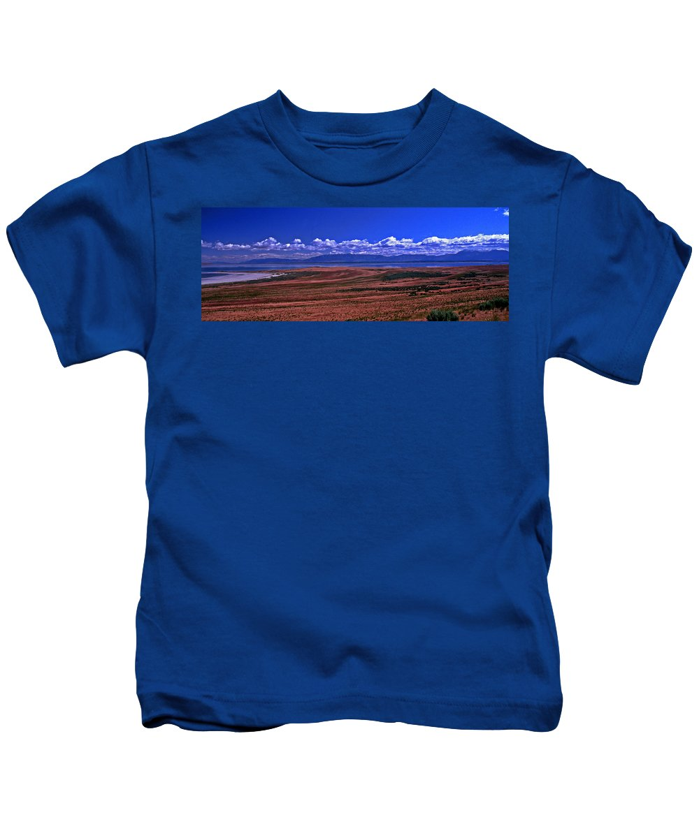 Utah Kids T-Shirt featuring the photograph Great Salt Lake And Antelope Island by Rich Walter
