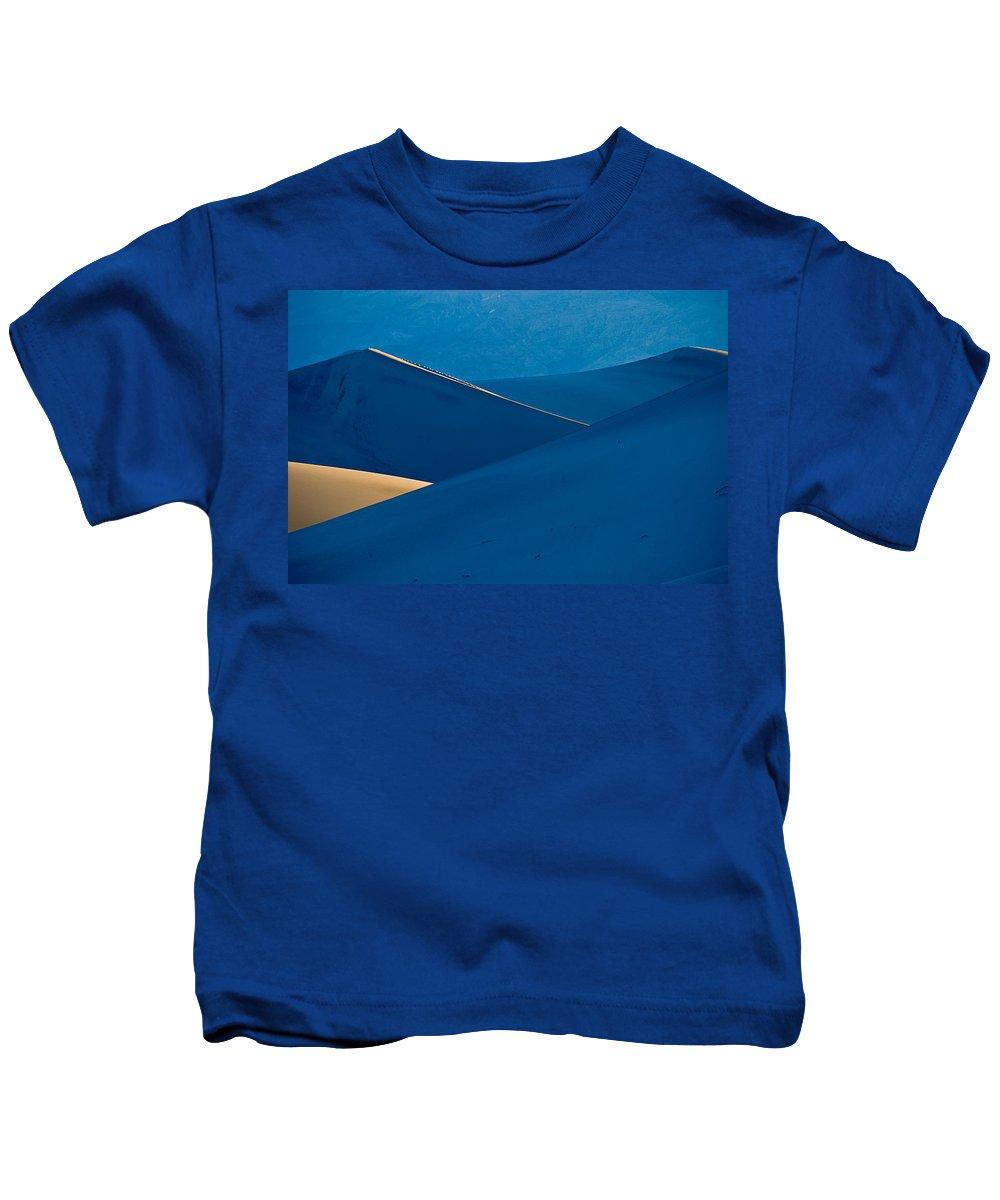 Desert Kids T-Shirt featuring the photograph Sand Dunes Sunrise by Steve Gadomski