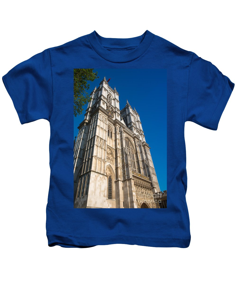 Westminster Abbey Kids T-Shirt featuring the photograph Westminster Abbey London by Andrew Michael