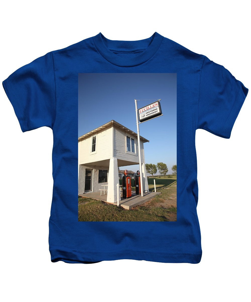 66 Kids T-Shirt featuring the photograph Route 66 - Lucille's Gas Station by Frank Romeo