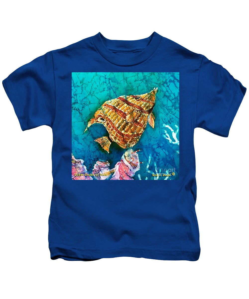 Beaked Butterflyfish Kids T-Shirt featuring the painting Ascending by Sue Duda