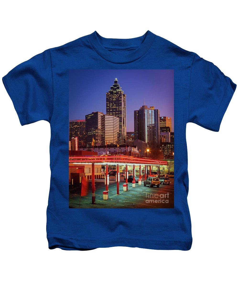 America Kids T-Shirt featuring the photograph Atlanta Drive-in by Inge Johnsson