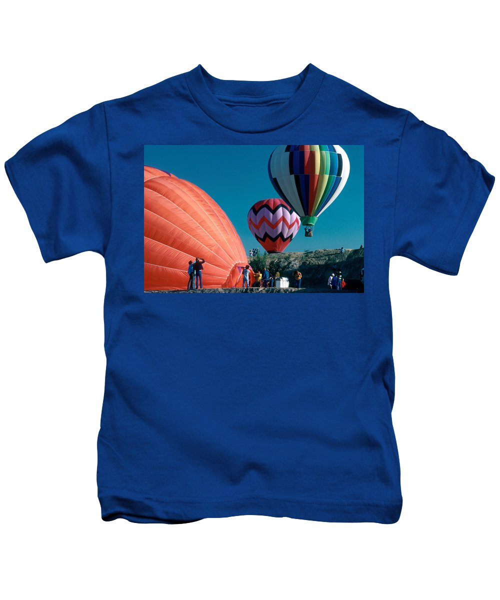 Hot Air Balloon Kids T-Shirt featuring the photograph Ballon Launch by Jerry McElroy
