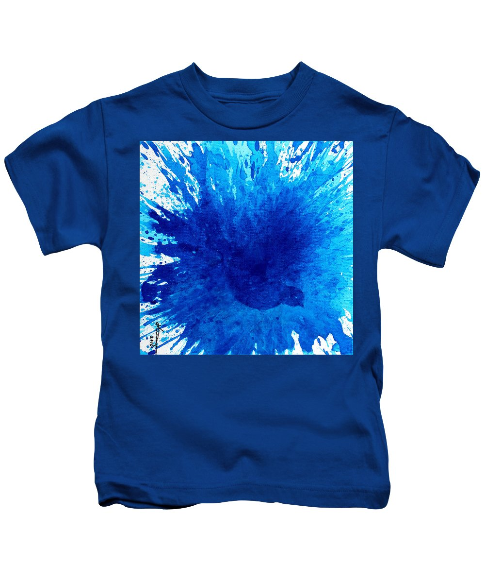 Bath Kids T-Shirt featuring the painting Bird Bath 3 by Kume Bryant
