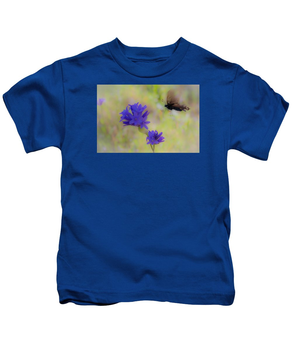 Kids T-Shirt featuring the photograph Butterfly 6 by Reed Tim