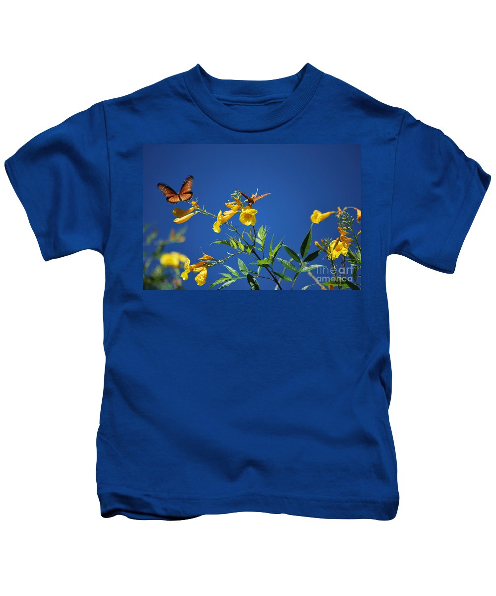 Butterfly Kids T-Shirt featuring the photograph Butterfly In The Sonoran Desert Musuem by Donna Greene
