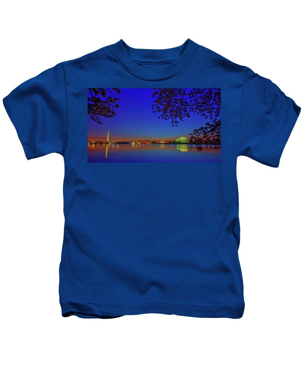 Washington Dc Kids T-Shirt featuring the photograph Cherry Blossoms Sunrise by Craig Fildes