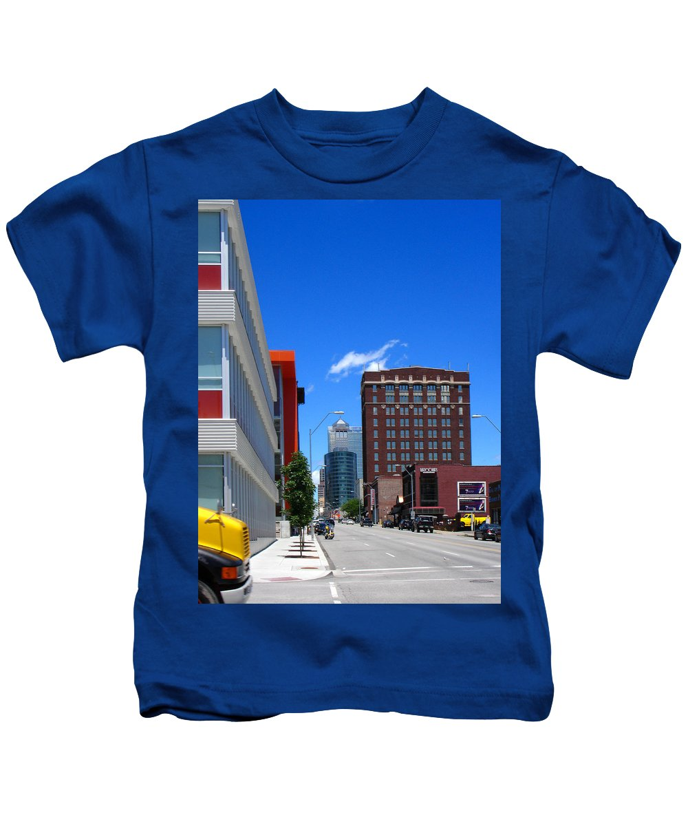 Kansas City Kids T-Shirt featuring the photograph City Street by Steve Karol