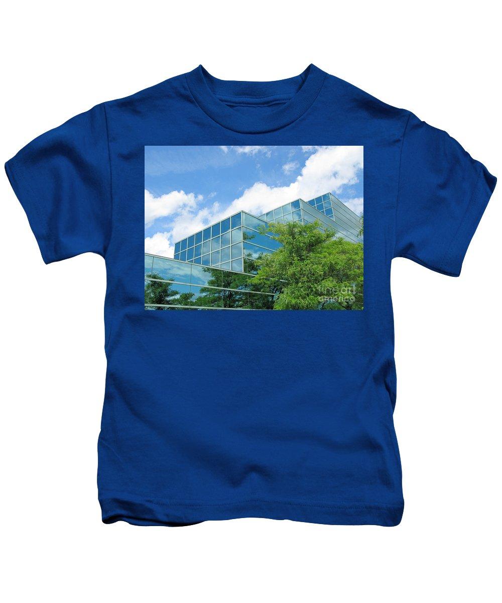 Architecture Kids T-Shirt featuring the photograph Climbing Skyward by Ann Horn