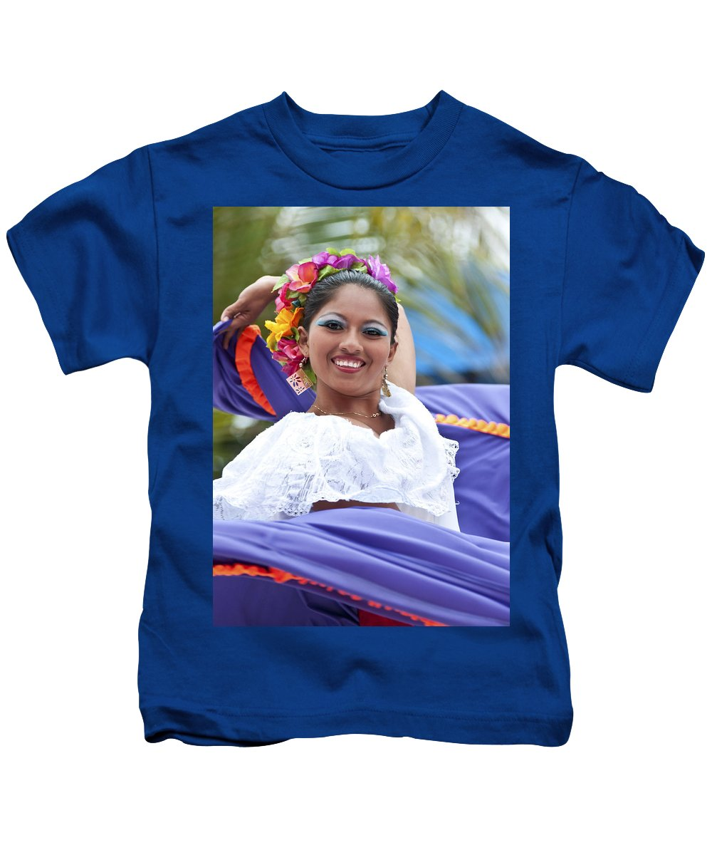 Costa Maya Kids T-Shirt featuring the photograph Costa Maya Dancer by Steven Sparks