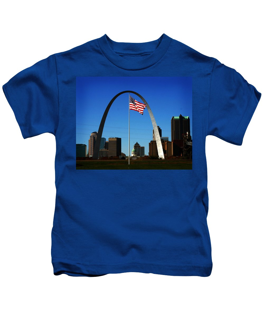 Arch Kids T-Shirt featuring the photograph Gateway To The West by Anthony Jones