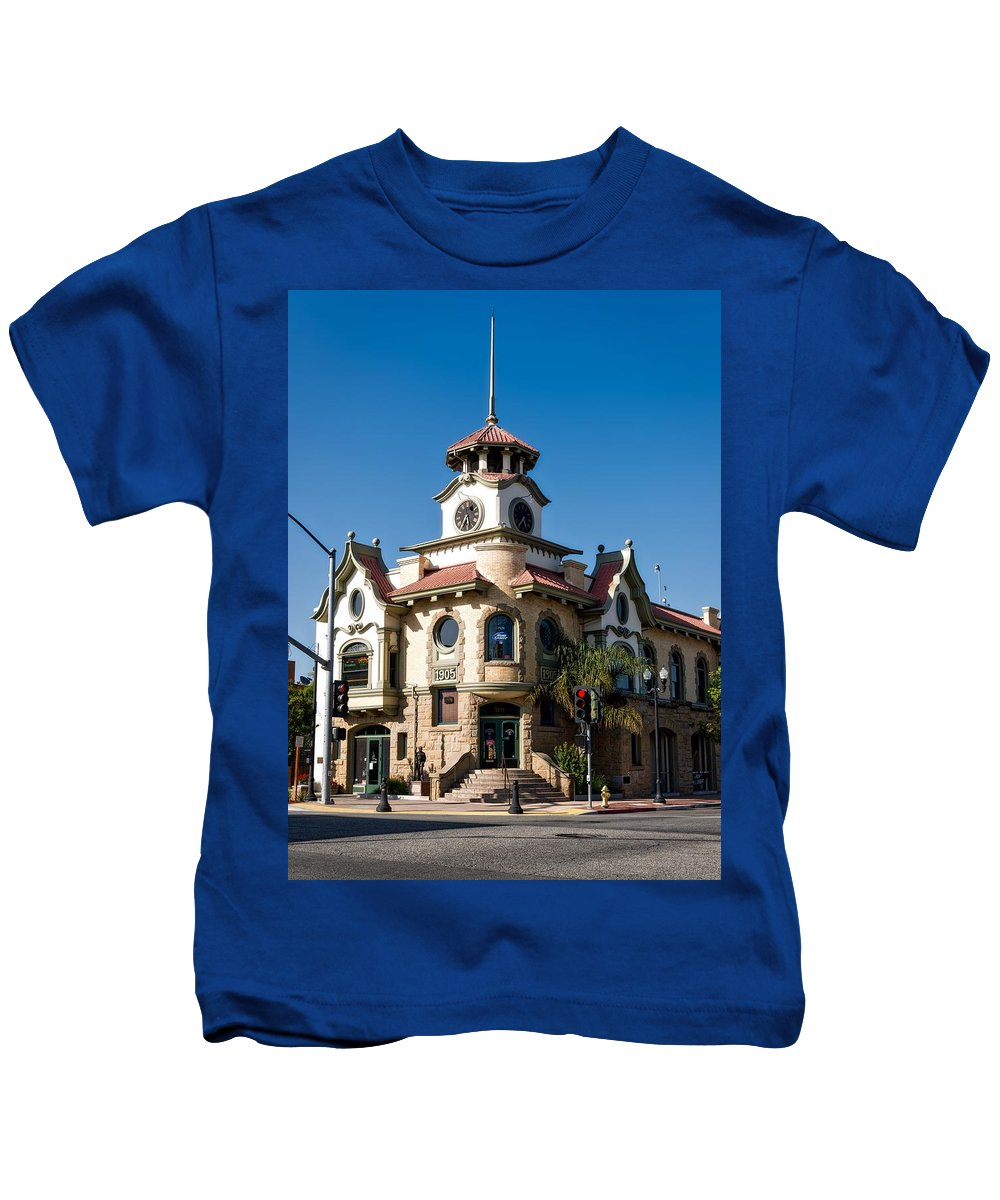 Gilroy Kids T-Shirt featuring the photograph Gilroy's Old City Hall by Mountain Dreams