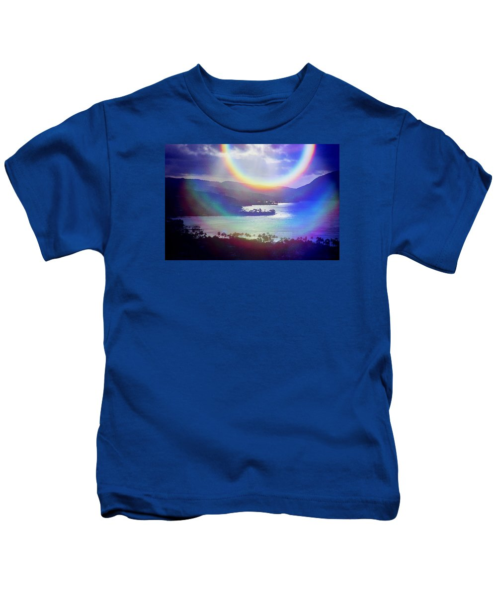 Maunalua Bay Kids T-Shirt featuring the photograph Gods Eye by Kevin Smith