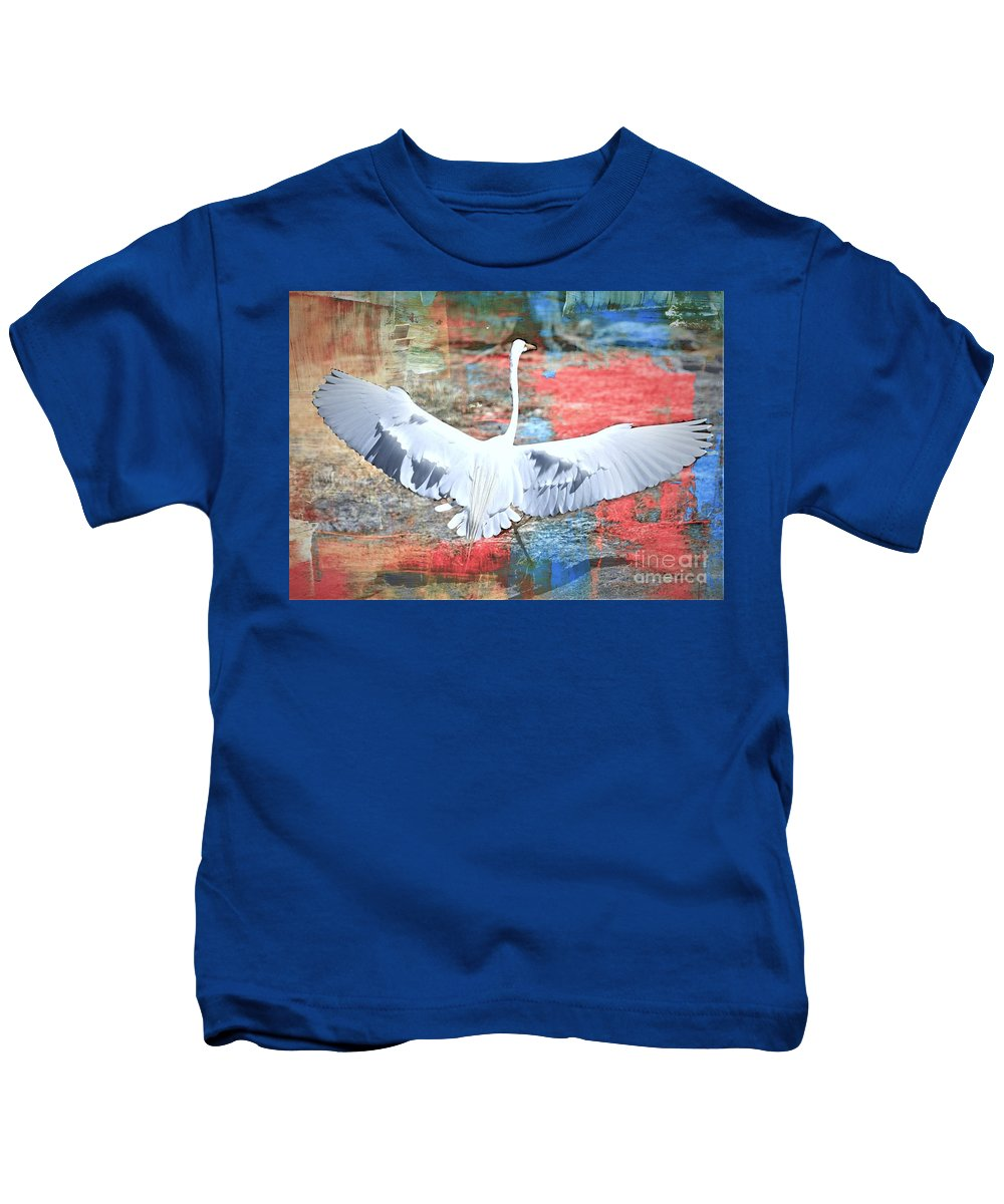 Great Egret Kids T-Shirt featuring the photograph Great White Egret Landing by Diann Fisher