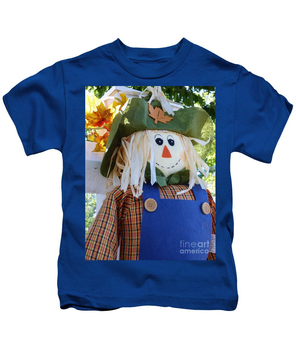 Scarecrow Kids T-Shirt featuring the photograph Happy Scarecrow by Leara Nicole Morris-Clark