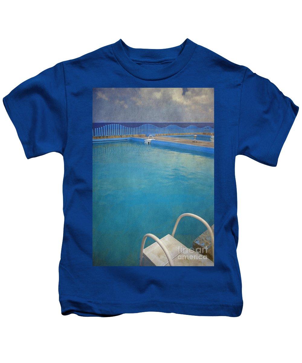 Havana Kids T-Shirt featuring the photograph Havana Cuba Swimming Pool And Ocean by David Zanzinger