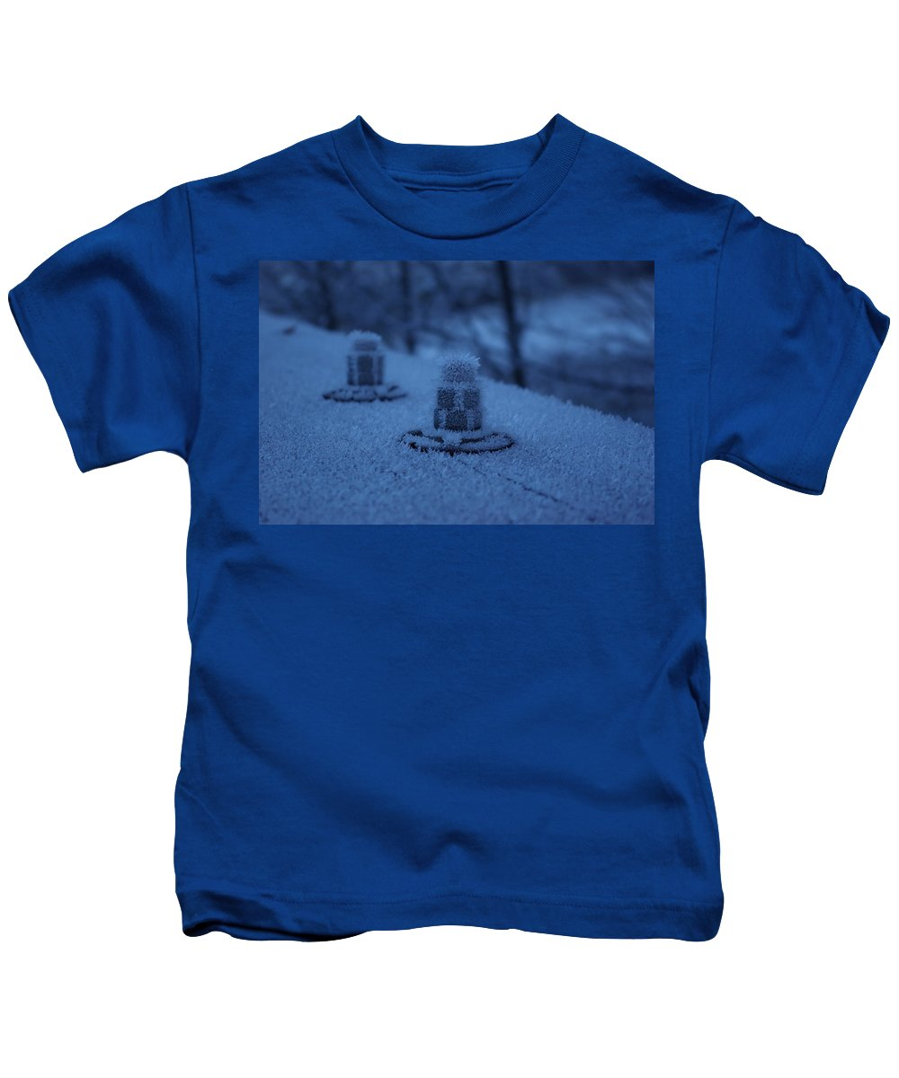 Ice Kids T-Shirt featuring the photograph Ice Bolts by Cindy Johnston
