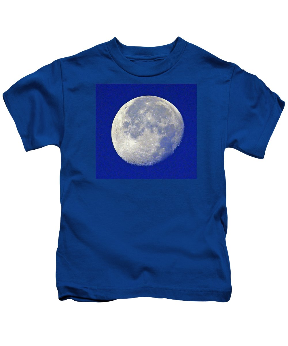 Moon Kids T-Shirt featuring the photograph D6b6303-july 4th Moon 2015 by Ed Cooper Photography