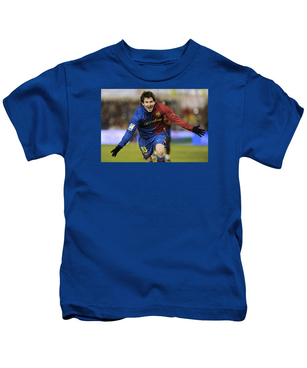 Horizontal Kids T-Shirt featuring the photograph Messi 1 by Rafa Rivas
