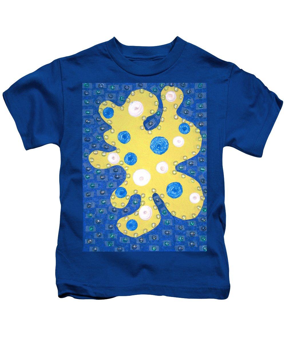 Moveonart! Digital Gallery Kids T-Shirt featuring the painting Moveonart Yellow Amoeba by Jacob Kanduch