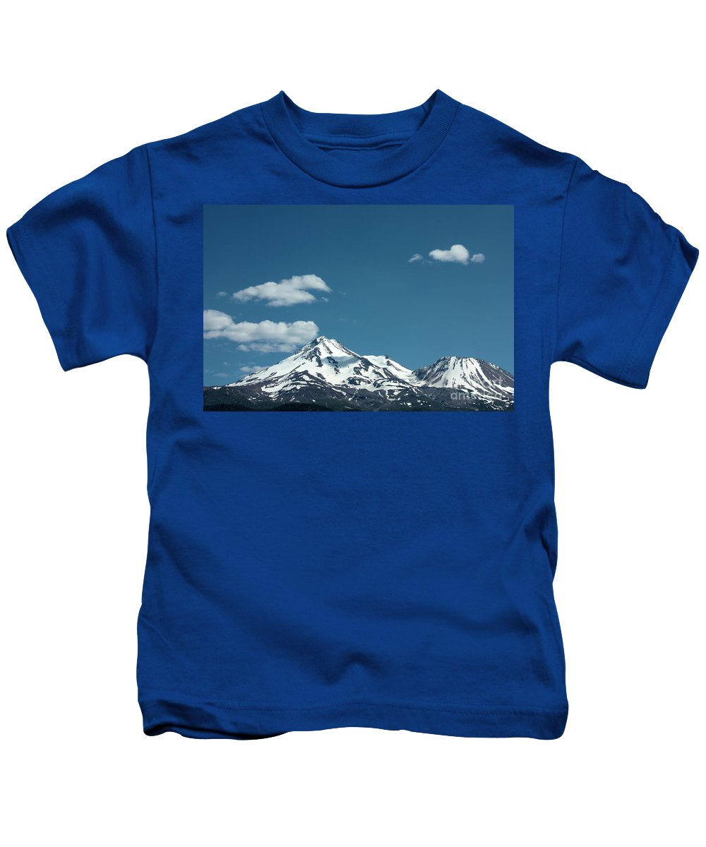 Cloud Kids T-Shirt featuring the photograph Mt Shasta With Heart-shaped Cloud by Carol Groenen
