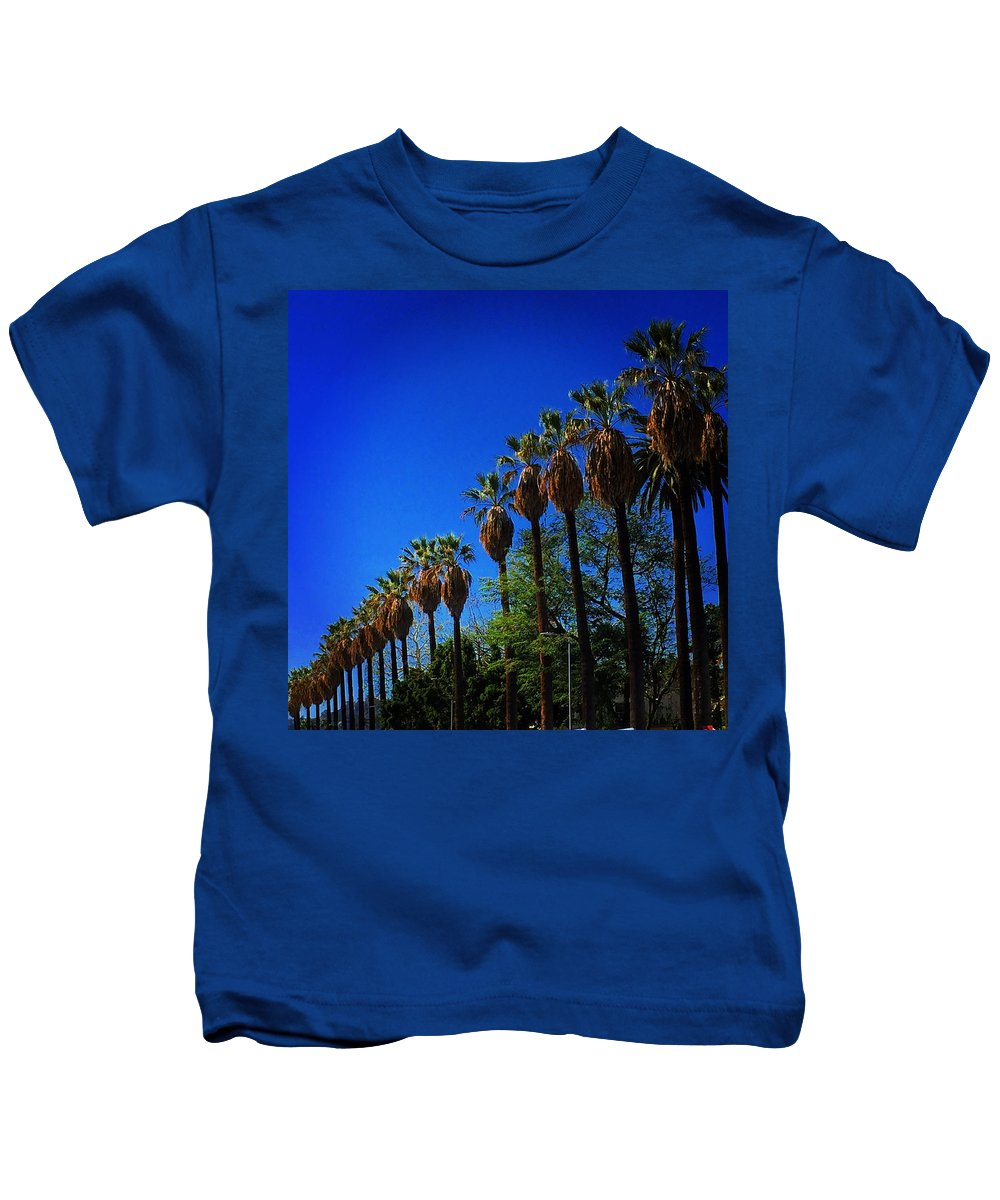 Kids T-Shirt featuring the photograph Palm Row by Daved Thom
