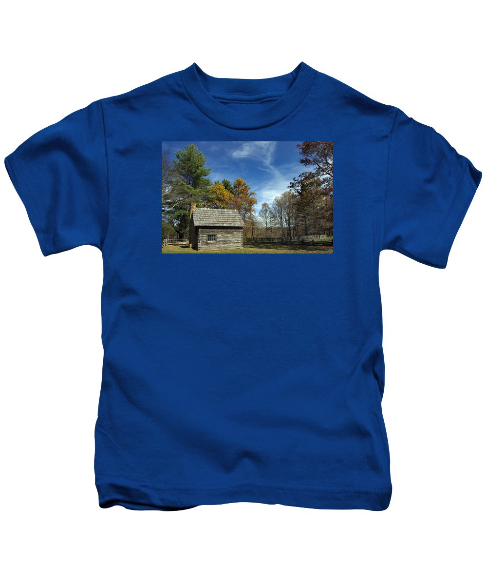 Scenic Tours Kids T-Shirt featuring the photograph Puckett Cabin Va by Skip Willits