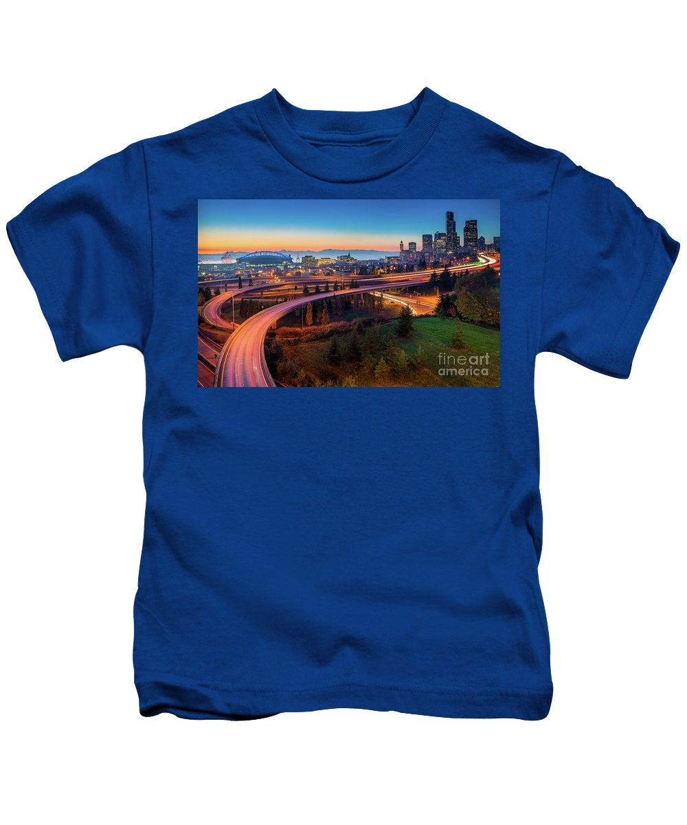 Seattle Kids T-Shirt featuring the photograph S For Seattle by Inge Johnsson