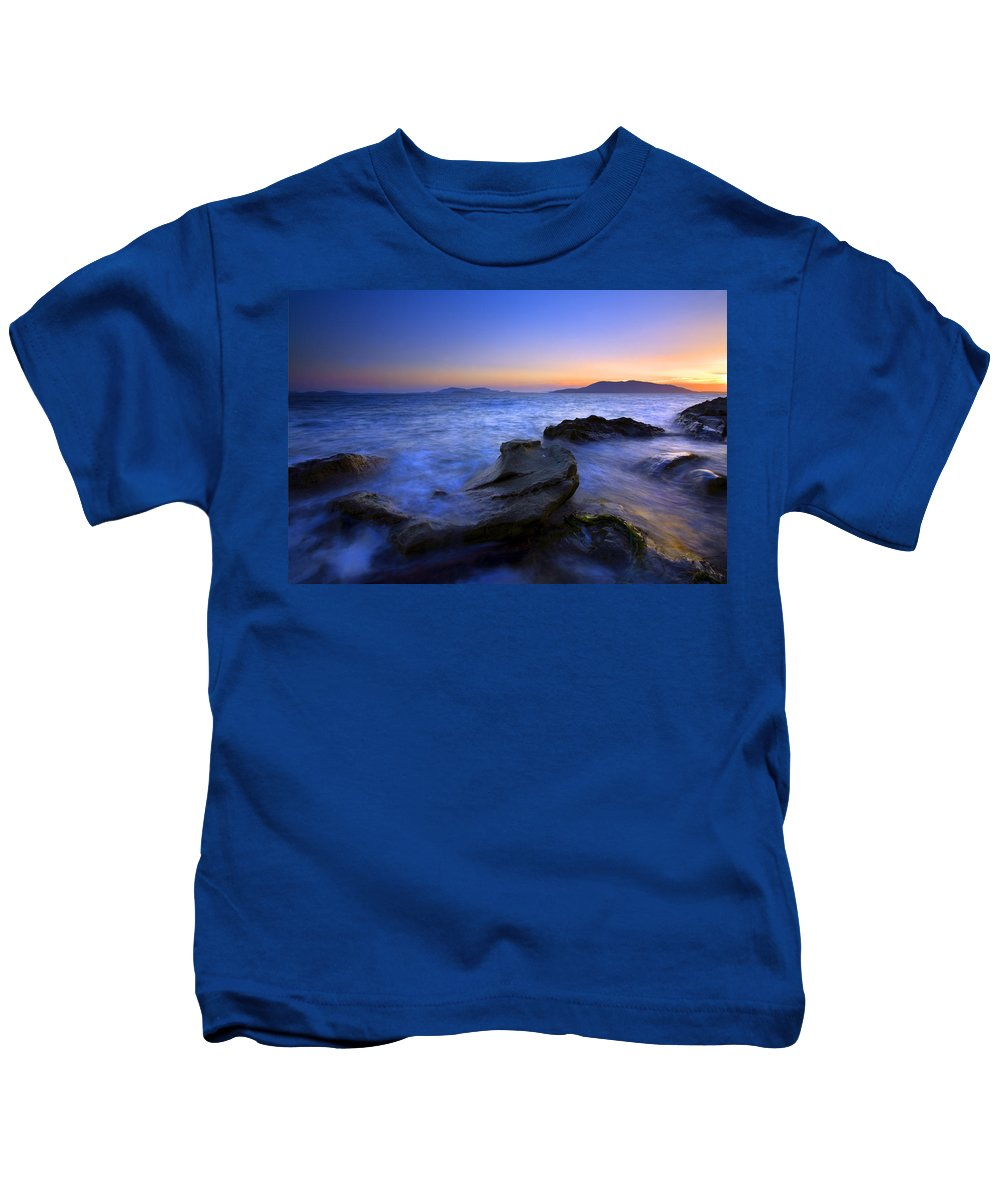 Sunset Kids T-Shirt featuring the photograph San Juan Sunset by Mike Dawson