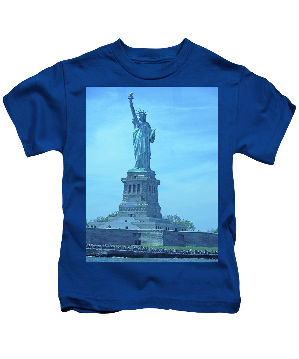 New York City Kids T-Shirt featuring the photograph Statue Of Liberty 22 by Ron Kandt