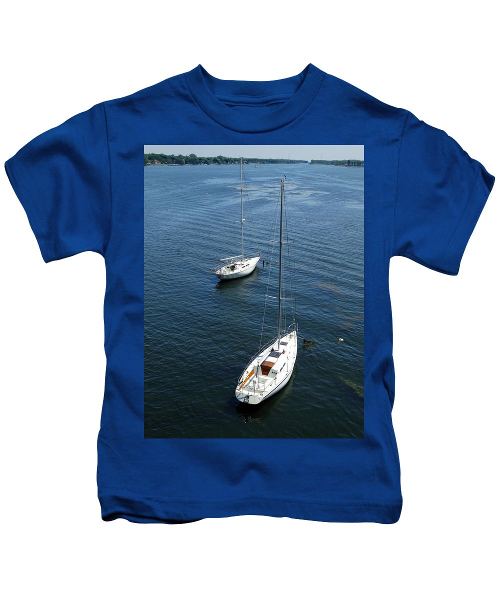 Two Kids T-Shirt featuring the photograph Sturgeon Bay Canal Mooring by David T Wilkinson