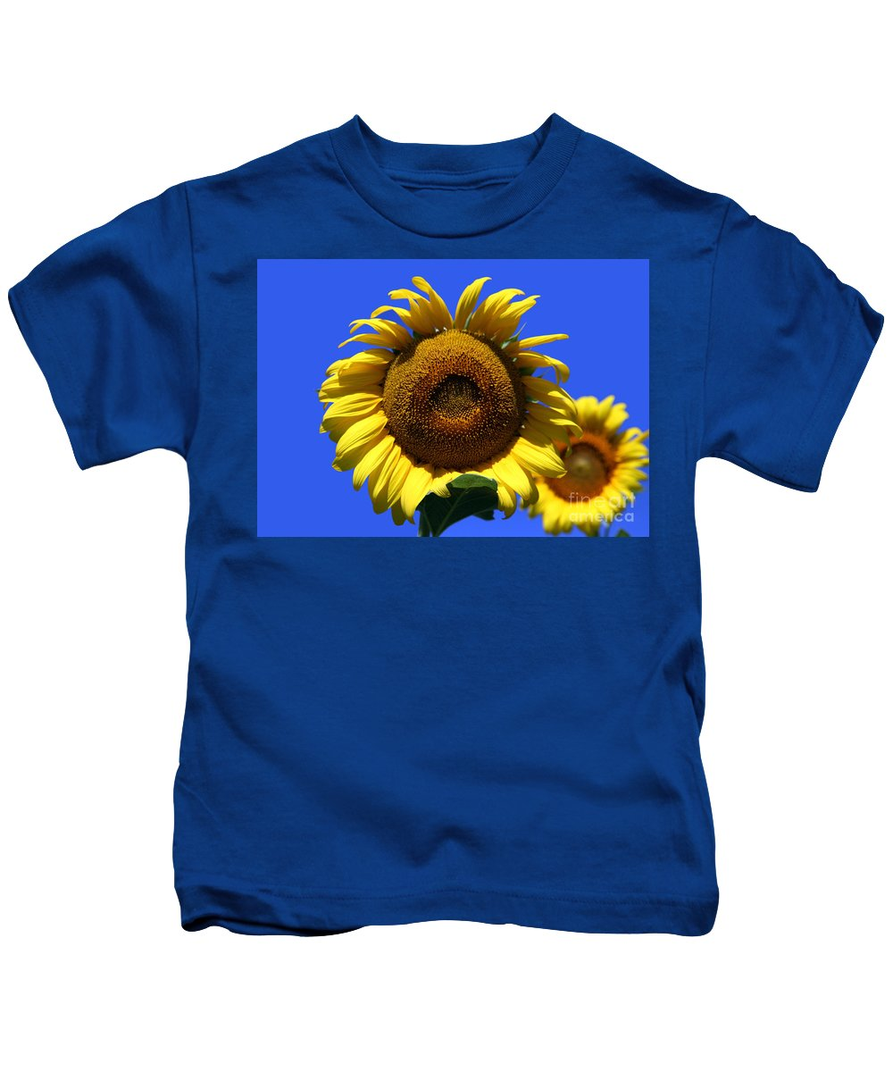 Sunflowers Kids T-Shirt featuring the photograph Sunflower Series 09 by Amanda Barcon