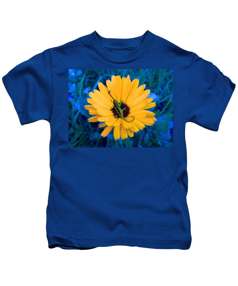 Flower Kids T-Shirt featuring the digital art Imaginary Flower by Glen Faxon