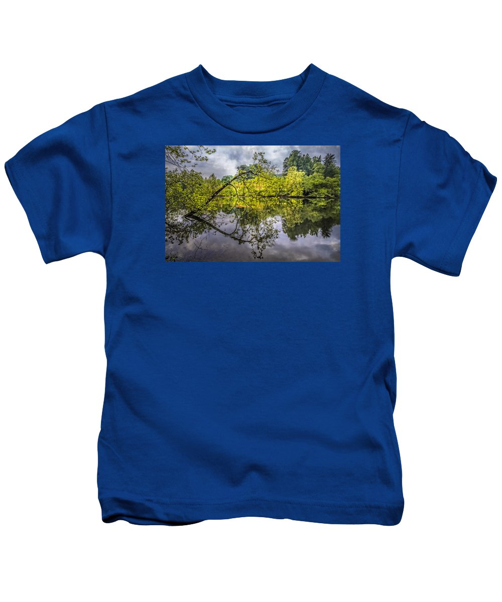 Appalachia Kids T-Shirt featuring the photograph Time For Reflecting by Debra and Dave Vanderlaan