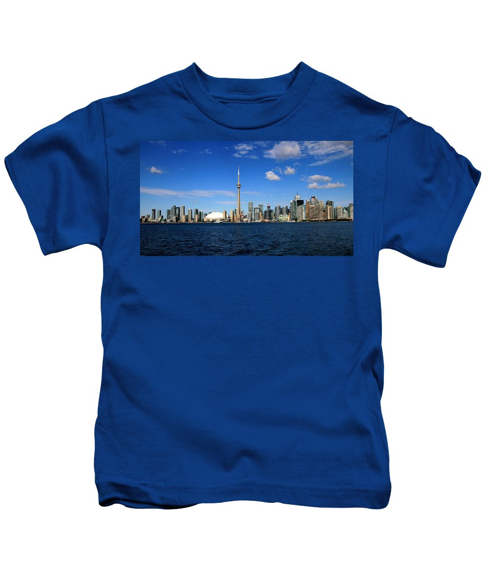 Toronto Kids T-Shirt featuring the photograph Toronto Skyline 26 by Andrew Fare