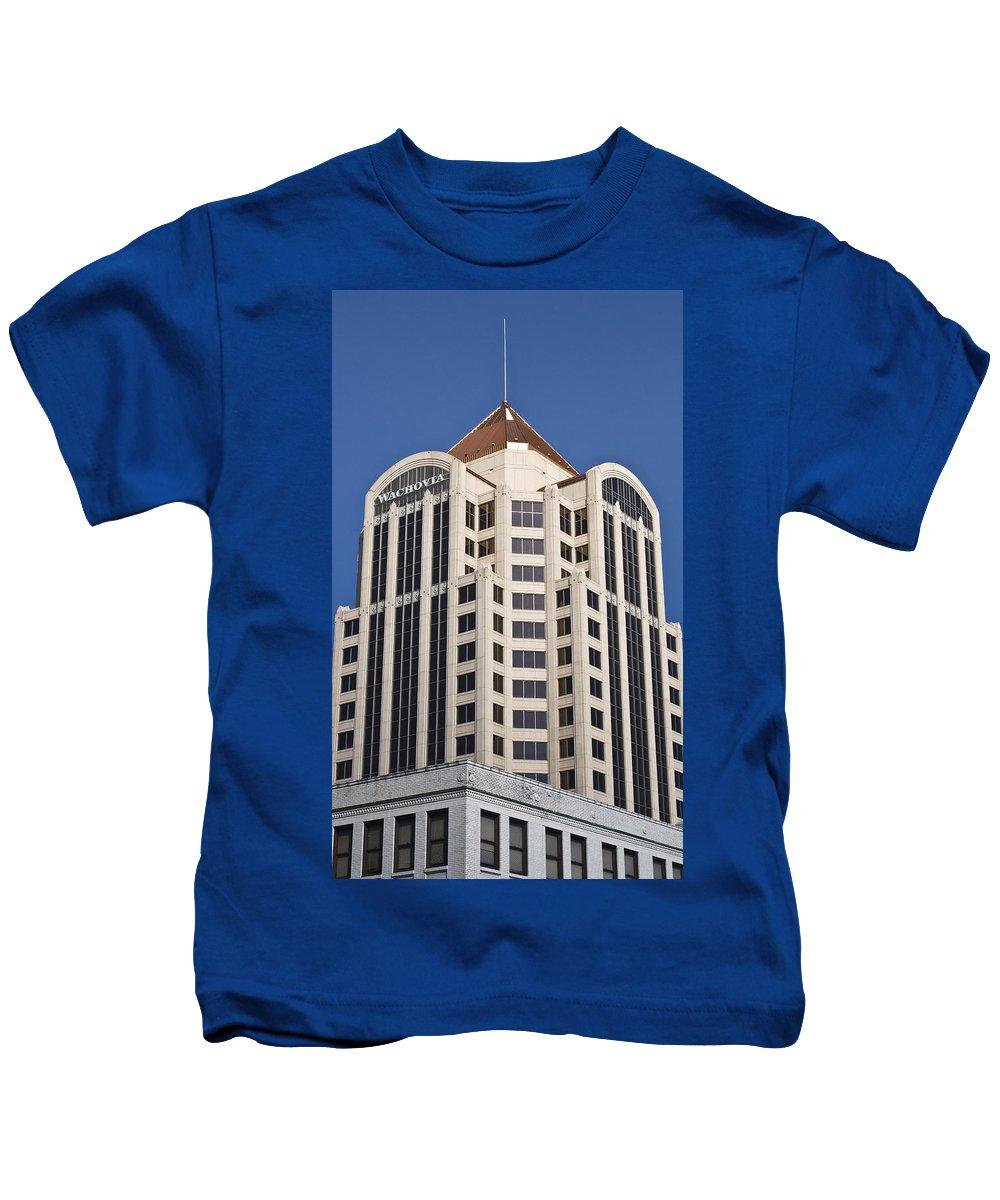 Roanoke Kids T-Shirt featuring the photograph Wachovia Tower Roanoke Virginia by Teresa Mucha