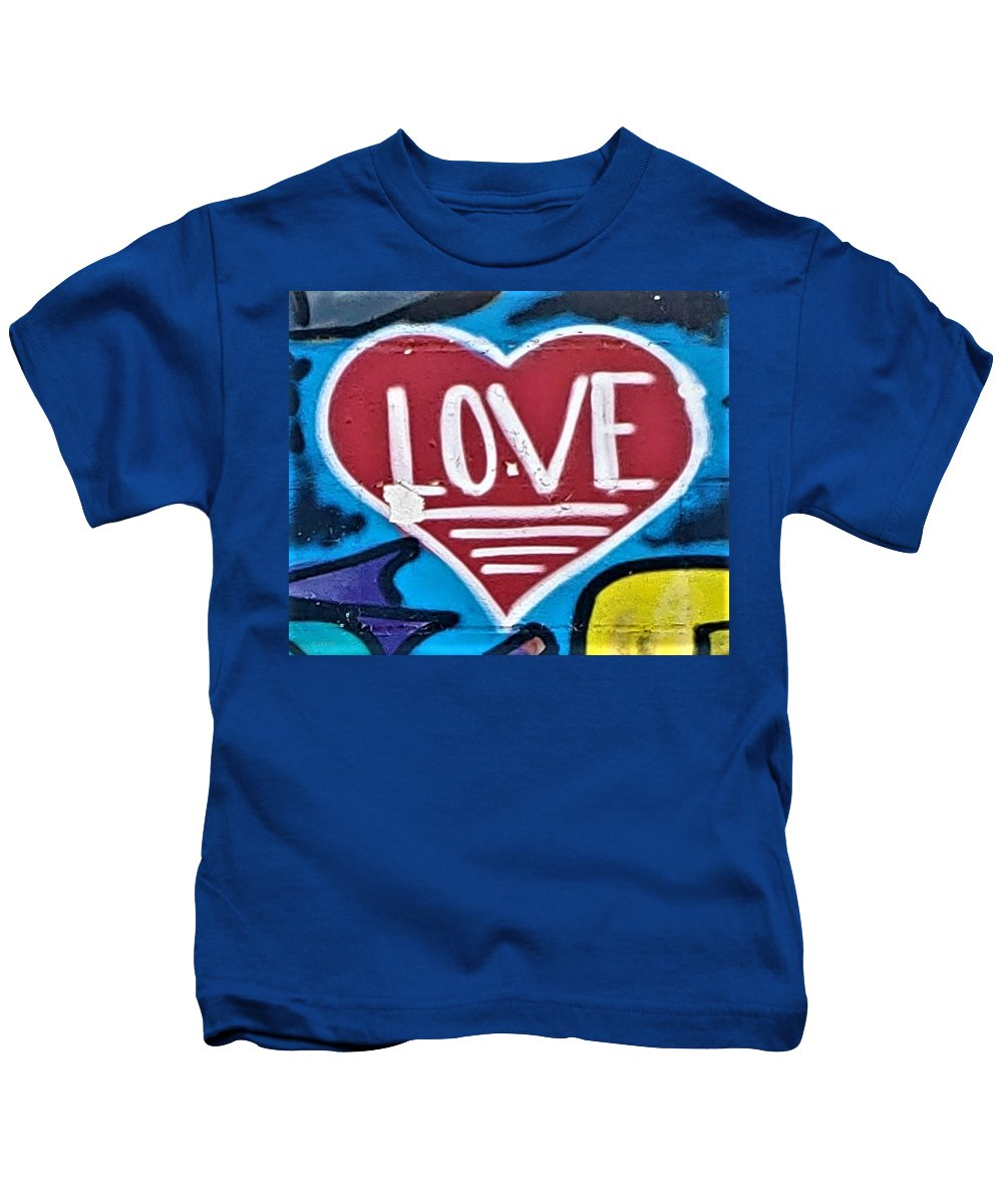 Love Kids T-Shirt featuring the photograph Urban Love Heart by Rob Hans