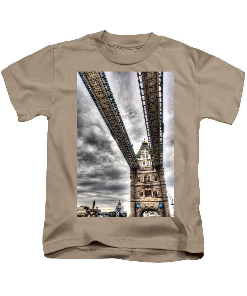 Tower Bridge Kids T-Shirt featuring the photograph Tower Bridge London by David Pyatt