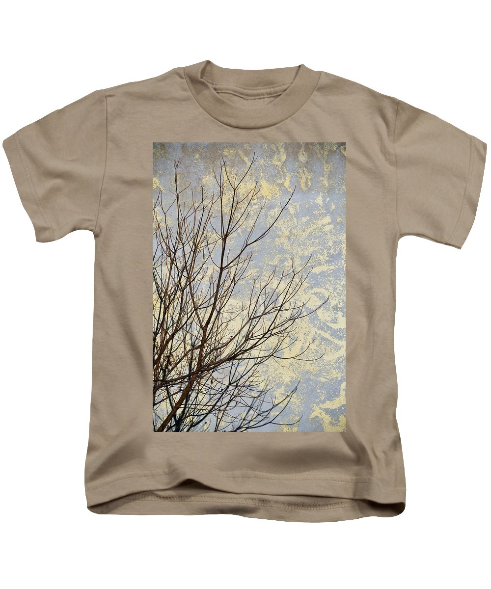 Aria Kids T-Shirt featuring the photograph Aria by Skip Hunt