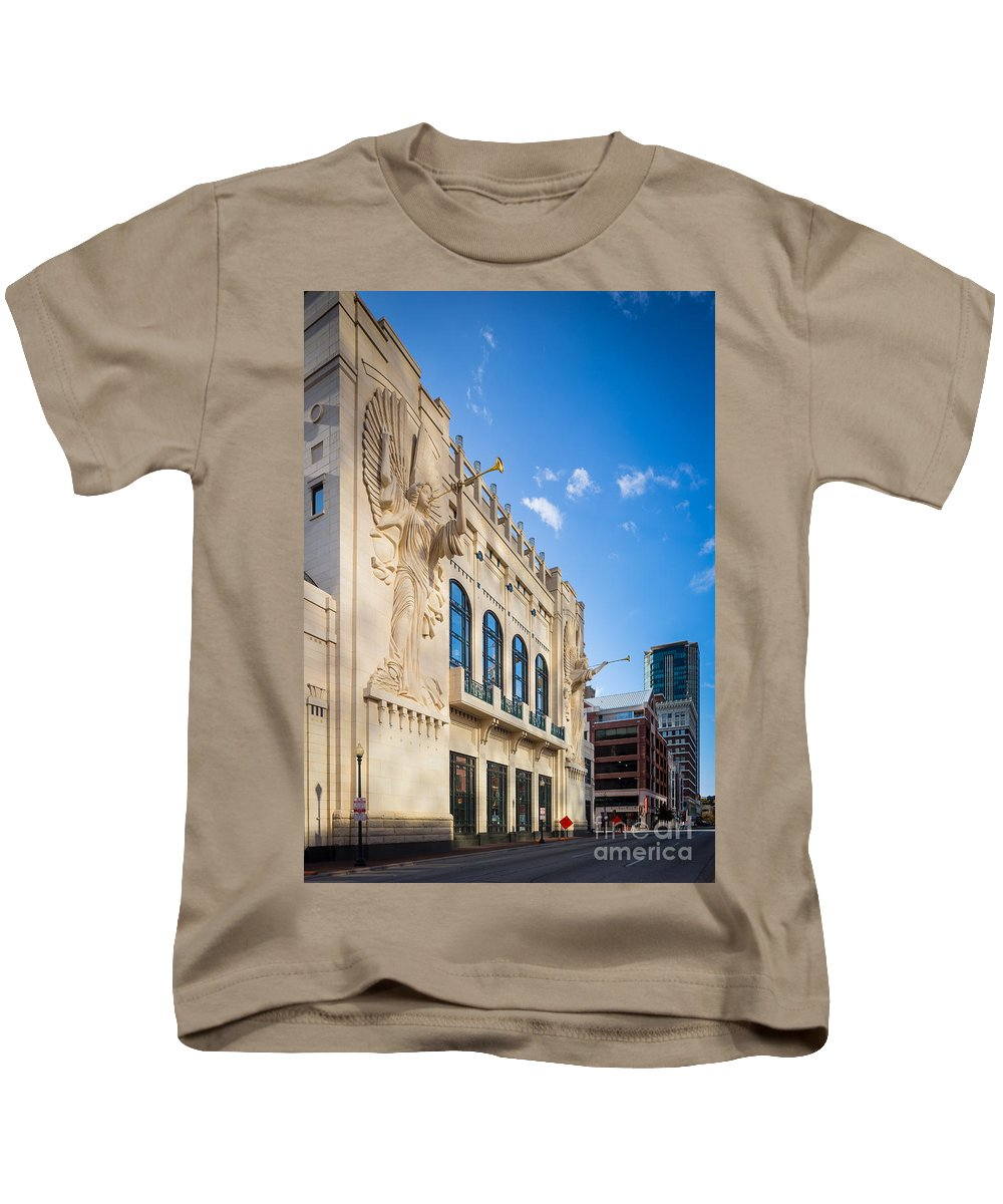 America Kids T-Shirt featuring the photograph Bass Performance Hall by Inge Johnsson