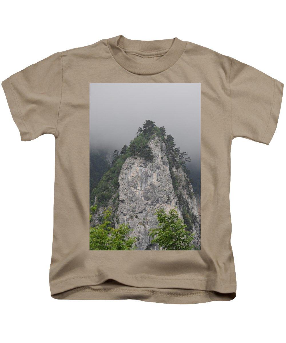 Kids T-Shirt featuring the photograph Bjeshket E Nemuna by Veton MISIRI